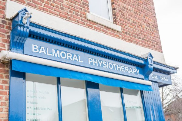 Balmoral Physiotherapy signage